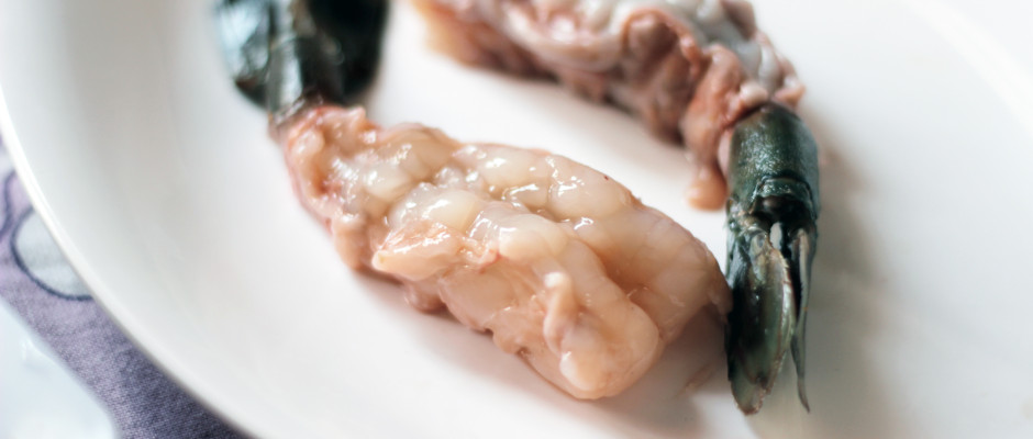 How To Peel And Devein prawns