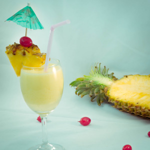 Pina Colada - Tropical Cocktail Recipe