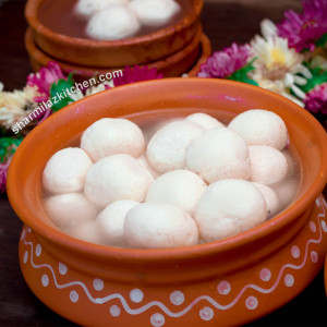 Bengali Rasgulla / Rosogolla| Indian Authentic Dessert