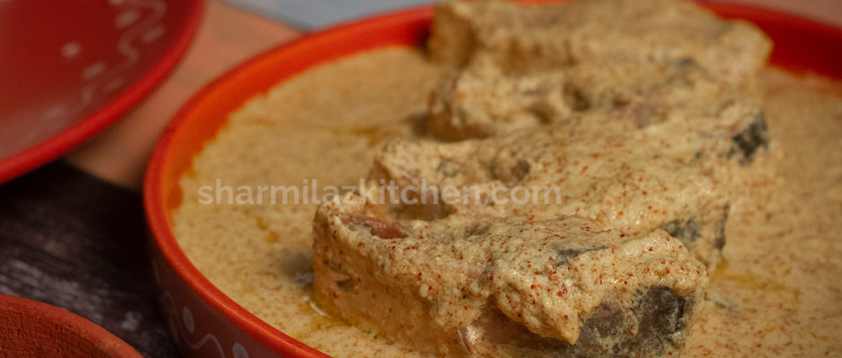 Bhapa Ilish - Steamed Mustard Hilsa - Shorshe Bhapa Ilish- Easy Bengali Fish Recipe - Sharrmilazkitchen